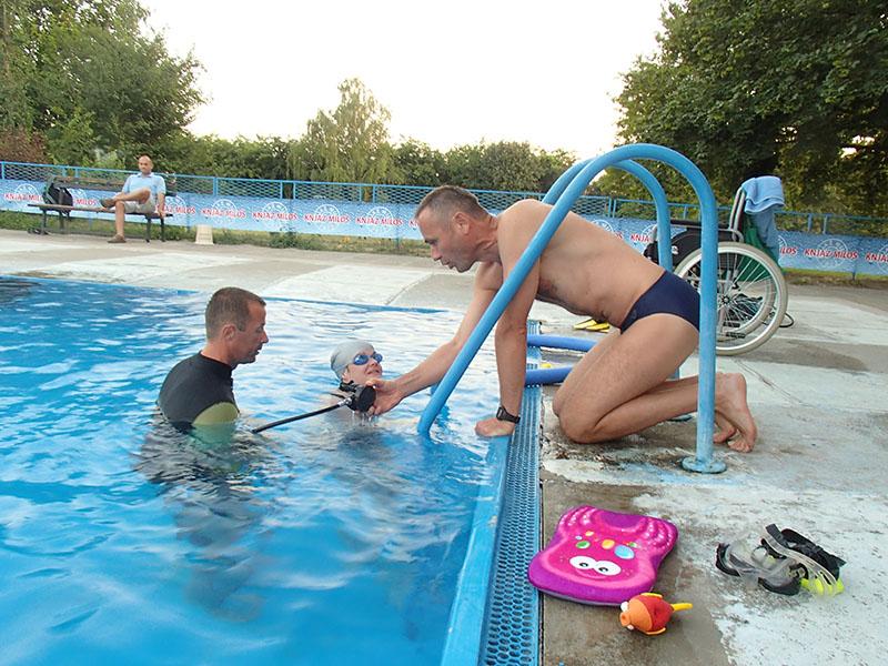 """U cilju unapređenja položaja osoba sa invaliditetom u Somboru je realizovan projekat """"Ronimo zajedno"""""""